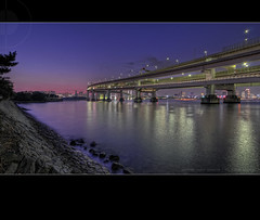 The Purple of Twilight; Rainbow Bridge, Tokyo, Japan (Alfie | Japanorama) Tags: road longexposure bridge sunset sea sun water japan japanese tokyo evening bay pier twilight highway purple fort dusk jetty tripod wideangle freeway odaiba daiba expressway setting suspensionbridge hdr tokyobay rainbowbridge exposurebracketing wangan highdyanmicrange tokina1116mmf28 7framebracketedhdr