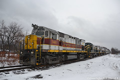 DL 2461 Alco C425 (Trucks, Buses, & Trains by granitefan713) Tags: train freighttrain mixedfreight manifest locomotive dieselpower railroad railfan dl delawarelackawanna alco alcoc425 c425 relic oldlocomotive oldschool