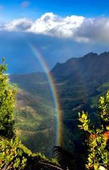 Vertigo (Saburosan) Tags: rainbow ohialehua napalicoast vertigo clouds thealmightypacificocean