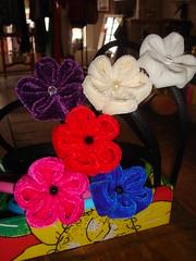 kanzashi veludo tiaras (dedo di moa) Tags: origami flor veludo oncinha kanzashi