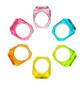 plastic ring image