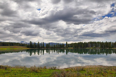Indian Pond (NancelAnders) Tags: clouds landscape scenery yellowstonenationalpark hdr nwn indianpond nikond90 dynamicphotohdr martesdenubes