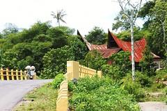 on the road-Samosir (tajchom) Tags: lake sumatra indonesia island batak toba danau samosir