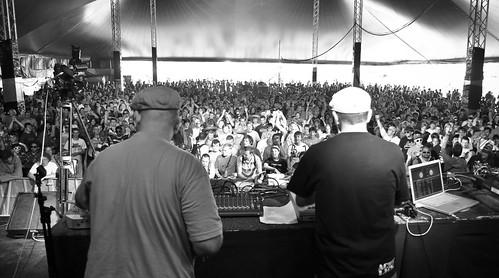 Crowd Exile & DJ Day @ Dour Festival 2009-38 par Kmeron
