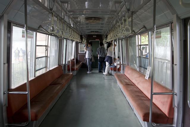 札幌市営地下鉄2000系 車内