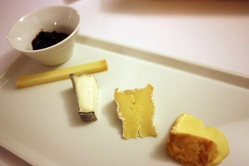 Francouzske  syry z nepasterovaneho mleka, tresne