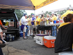 Death Valley Tailgating (Cook Me Somethin' Mister) Tags: lsu website tailgating jambalaya castironpot yumyumgirl lsuvsflorida jambalayagirl doublecooker neworleansstylecooking