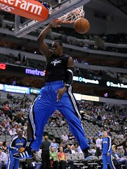 Dwight Howard warmups (MattyV53) Tags: basketball slam howard nba dwight mavs warmups mavericks dunk dallasmavericks aac slamdunk dallasmavs dwighthoward nbabasketball matthewvisinsky mattyv53 mattvisinsky