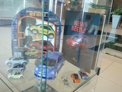 Fusca Toys (Cri$tiano Veri$$imo) Tags: brasil shopping de no anos 50 caneca exposio frei fusca
