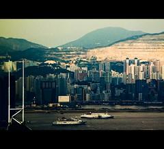 HongKong: Kowloon view from the Peak~ (Vu Pham in Vietnam) Tags: china hk hongkong candid peak   kowloon vu  bankofchina starcruises  hongkongphotos  trungquc trunghoa raininvietnam hkwalk commentwithimageswillbedeletedsosorryforthis