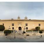 Úbeda: Fachada Hospital de Santiago