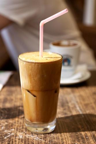 frappe @ cafe lontos