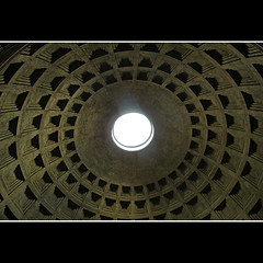 Ceiling at Pantheon (CGoulao) Tags: italy rome roma monument monumento pantheon ceiling itlia abbada tecto