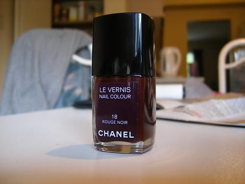 Chanel no.18 Rouge Noir