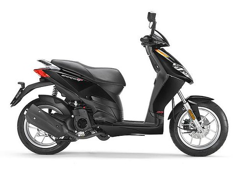 2011 Aprilia Scooter Sportcity One 50 Street photo