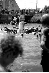 The big jump #11 (Willem Blancke) Tags: blackandwhite film swim river ieper nikonfm10 weddingdress agfa westhoek bigjump duoscan thebigjump houthulst merkem agfaduoscan knokkebrug
