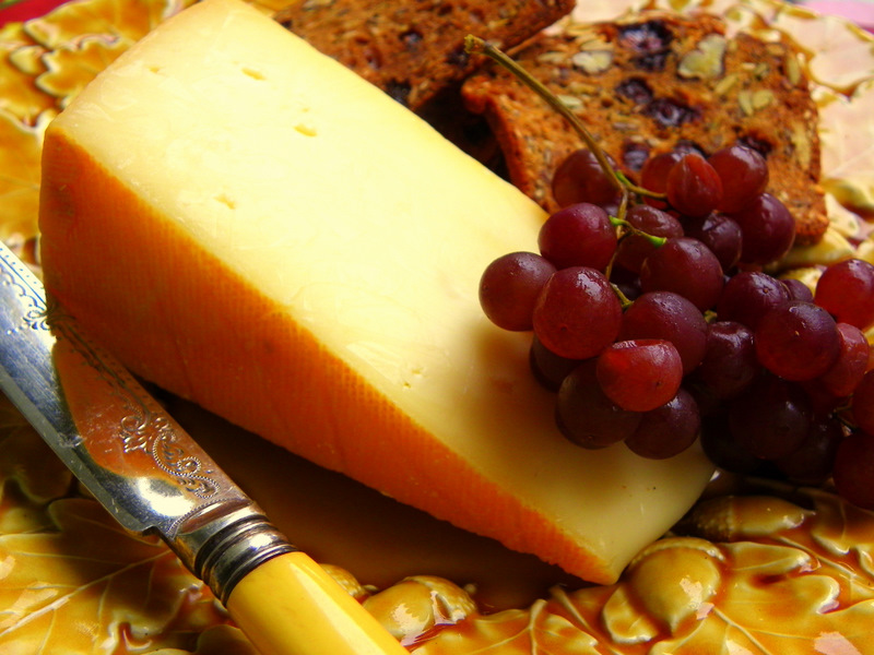 Oka Cheese and Champagne Grapes