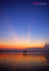 Romantic Kuta beach (memet metz) Tags: sunset sky bali beach indonesia kutabali ombak kutabeach nationalgeograpic