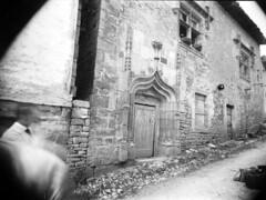 Porte ogivale, Bruniquel