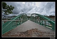 El puente sobre el río ... - The bridge over the river ... (Rob Unreall) Tags: bridge sea españa río port river puerto puente harbor mar spain nikon coruña harbour rob galicia porto barquero acoruña ría barqueiro obarqueiro d700 unreall