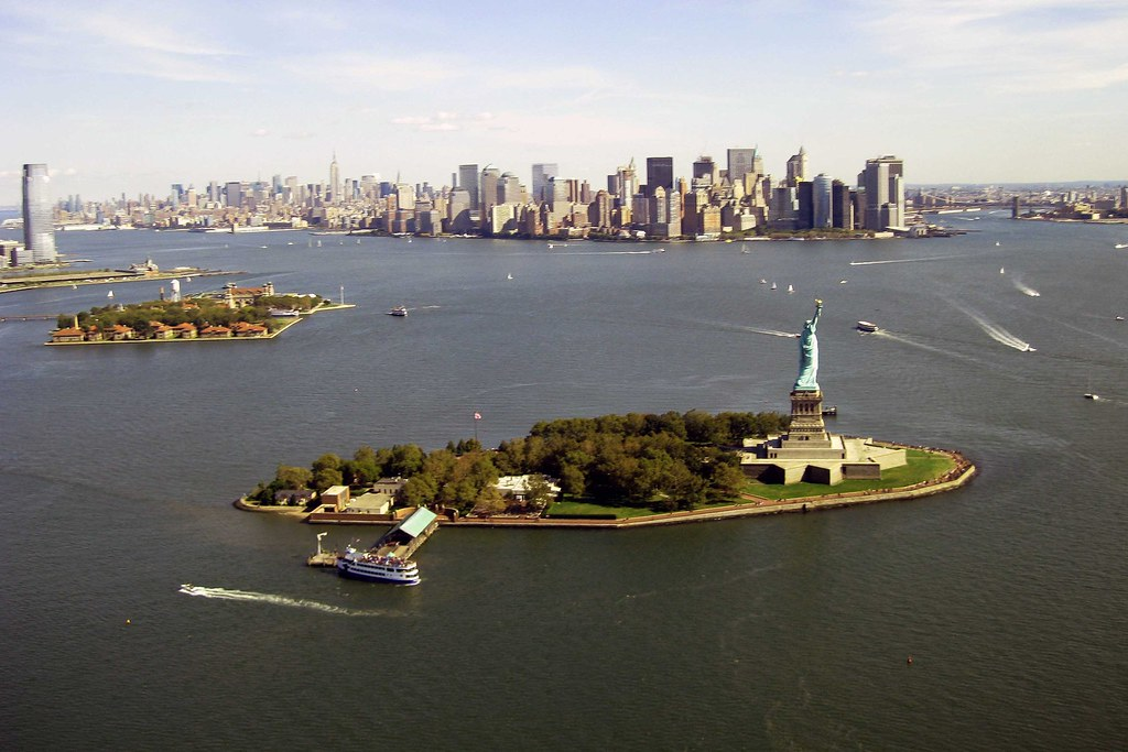 statue_of_liberty_liberty_island_ellis_island_manhatten_new_york