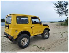 Suzuki SJ410 (sam4605) Tags: beach yellow landscape ed scenery 4x4 4wd olympus malaysia borneo sj suzuki e1 sabah pantai kcar dalit pemandangan jimny tuaran zd sj410 sabahborneo 1260mm pantaidalit