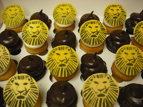 Cheap Lion Cupcakes