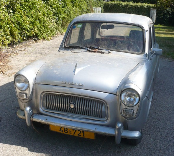 Departing 1960 Ford Prefect: Front view