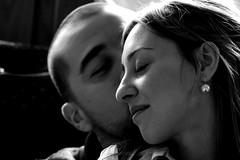 The kiss (Xelisabetta) Tags: bw love canon blackwhite kiss amore bacio eos400d xelisabetta elisabettagonzales