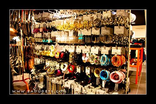 accessories in H&M