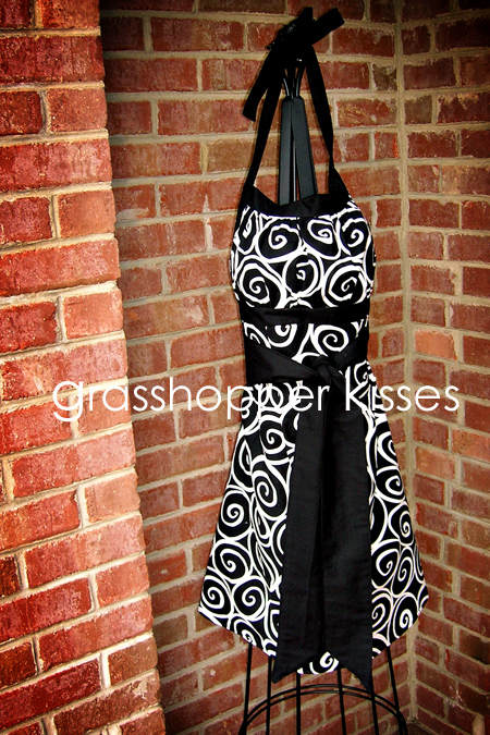 full reversible apron side 2