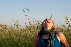 laughing (nosha) Tags: portrait nature beautiful beauty smile 50mm grain may 2009 lightroom f40 50mmf18 blackmagic cqw nosha nikond300 may2009 dl20090601