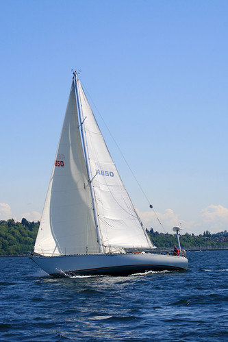 sailboat sailing pugetsound