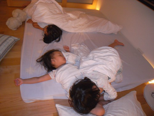 你拍攝的 1孩子們的睡姿。