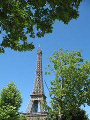 Eiffel Tower (Jon Barbour) Tags: paris france tower europe eu eiffel views500 herethereandeverywhere wetraveltheworld gnneniyisithebestofday travelplanet myglance strictlygeotagged greetingphantasycards silverstarsblipfree thebestworldtreasures geographicphotosets worldwidewadereing
