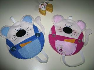 Novos marca páginas - casal de ratos =D (reutilizando CD)