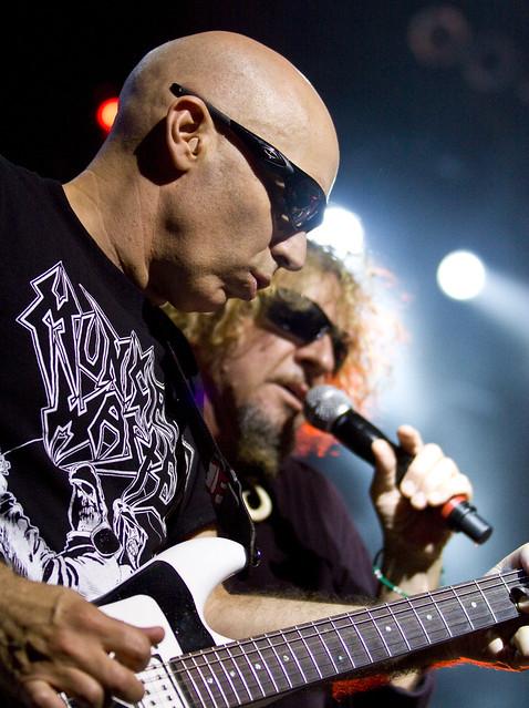 2009.08.22 Chickenfoot - Joe Satriani
