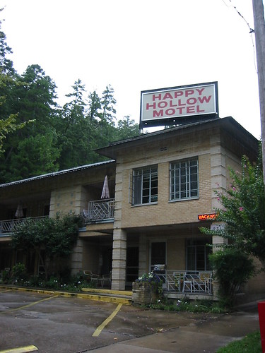 Happy Hollow Motel