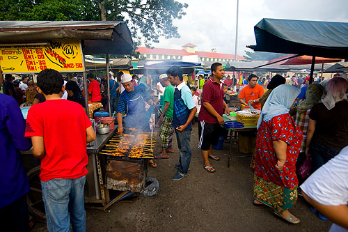 An evening market on the eve of Aidilfitri, Kota Bharu, Malaysia