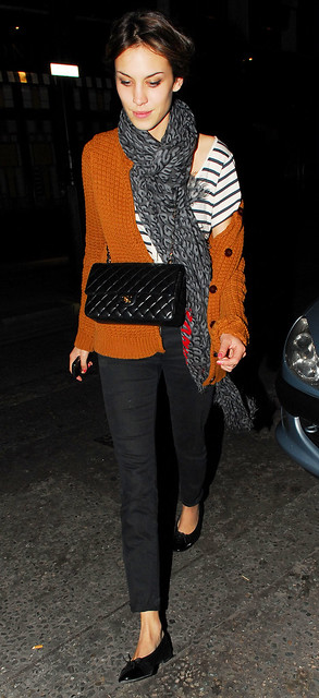 Preppie_-_Alexa_Chung_at_Quo_Vadis_restaurant_in_London_-_September_24_2009_030