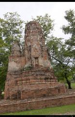 TH-062 (Rawbean Laden) Tags: thailand ayutthaya watmahatat phrang templeruin