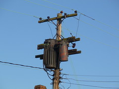 old pole transformers (en tee gee) Tags: old newyork pole lilco 4kv