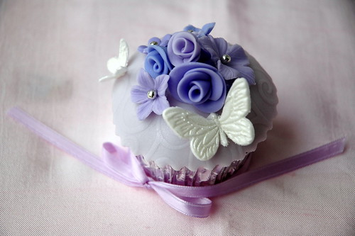 Bride's special wedding cupcake