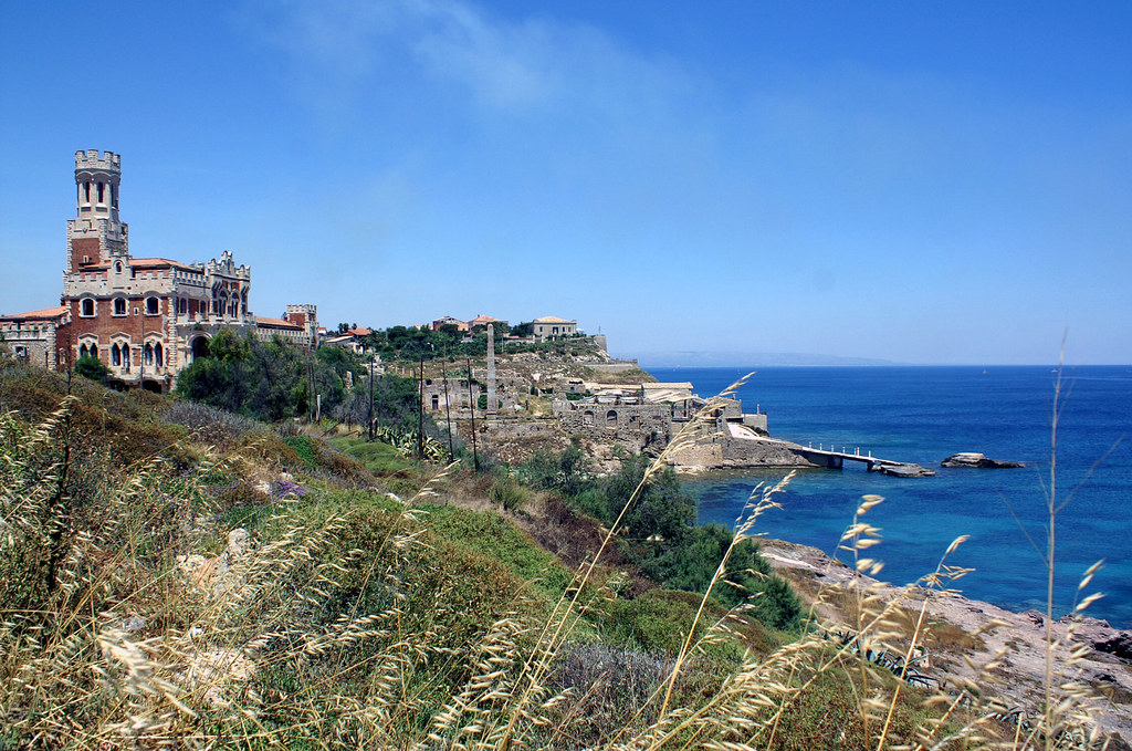 Sicily roundtrip staying in boutique hotels and playing golf for Boutique hotel sicilia
