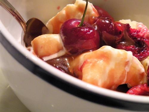 cherry caramel sundae