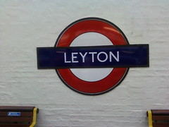 Leyton tube station (Jacinto Patricio) Tags: london unitedkingdom londonunderground leytontubestation