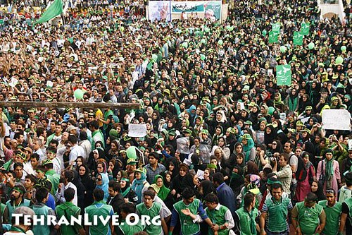 mousavi_supporters_rally_heidarnia_stadium_1