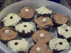 Wacky Wacky Cake Cupcakes
