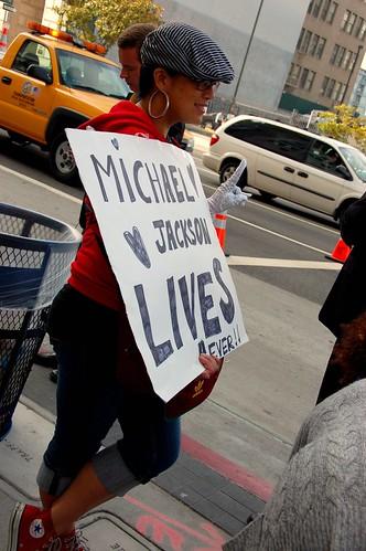 michael jackson memorial 012