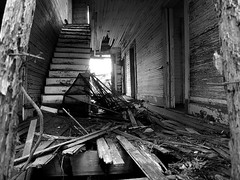 Pinkney House 02 (tantrum_dan) Tags: county wood house abandoned stairs florida olympus junction okeechobee e500 osowaw tantrumdan